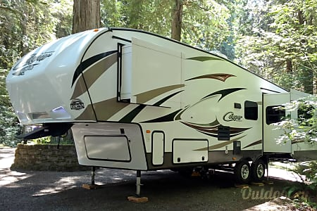 0By Delivery:  Luxury Cabin on Wheels  South Hill, Washington