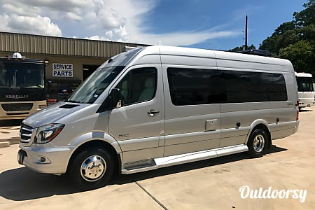B-2 Mercedes Galleria | Class B Executive/VIP Motorhome  Cypress, TX