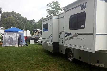 2005 Winnebago Sightseer  Bridgewater, New Jersey