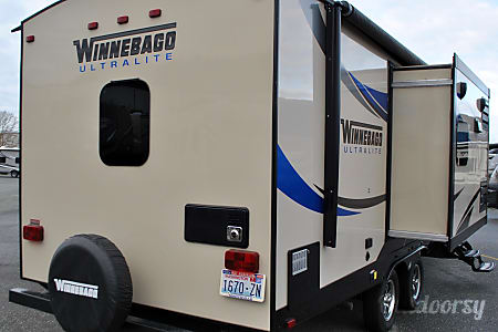 2015 Winnebago 27RBDS  Burlington, WA