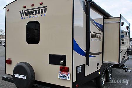 2015 Winnebago 27RBDS  Burlington, WA