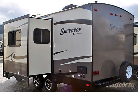 2016 SURVEYOR 200MBLE  Burlington, WA