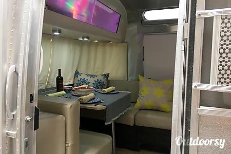2014 Airstream International  Ventura, California