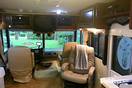 2004 Fleetwood Bounder  Tallahassee, Florida