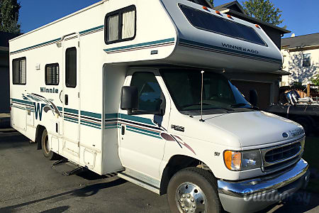 2001 Winnebago Minnie Winnie  Anchorage, Alaska