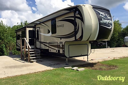 02016 Jayco Pinnacle  Baton Rouge, LA