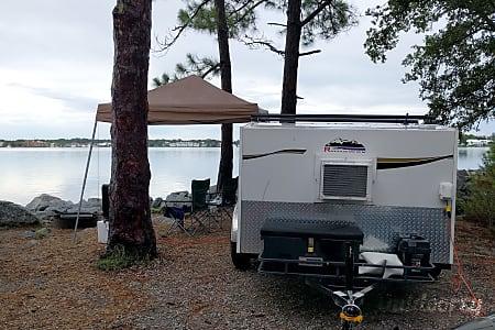 """Love"" 2017 Runaway Campers Rangerunner  Cleveland, TN"
