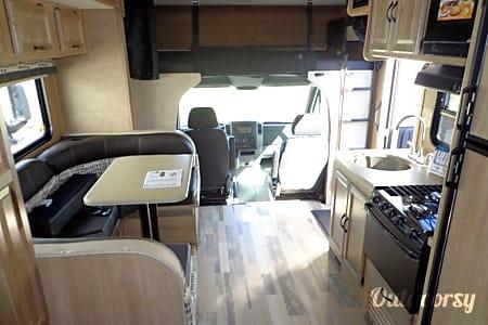 2015 MERCEDES TURBO DIESEL Coachmen Prism  Ventura, California