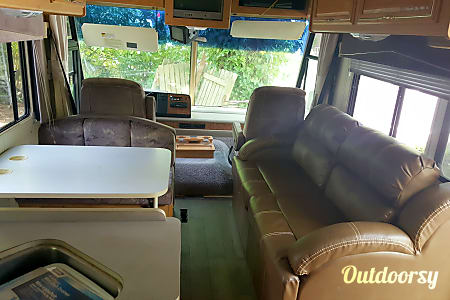 01994 Winnebago Adventurer **Low Miles**  Bellevue, Washington