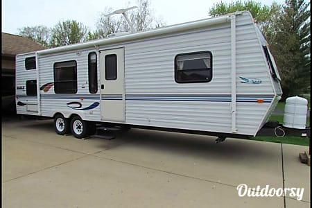 02000 Spacious Clean Jayco bunk trailer  Racine, Wisconsin