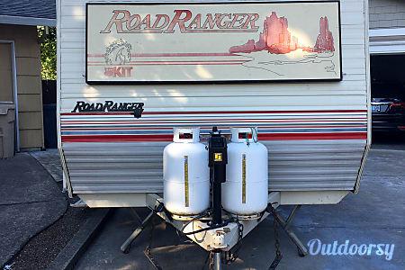 1989 Road Ranger RT  Lake Oswego, Oregon