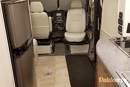 2015  Mercedes Winnebago Era 70c  Round Rock, Texas