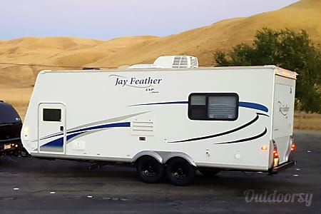 02010 Jayco Jay Feather  Visalia, California