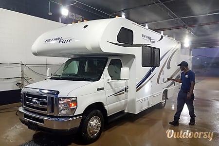 2015 Thor Motor Coach Freedom Elite 22e  Gilbert, Arizona
