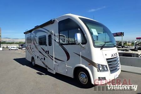 2015 Thor Motor Coach Axis  Clearwater, Florida