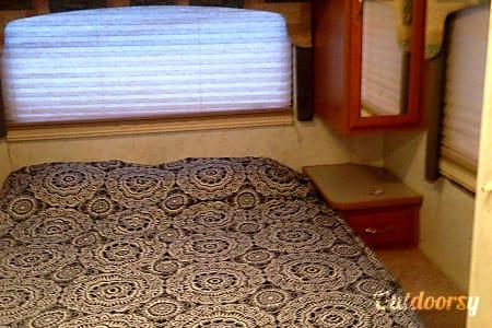 2004 Four Winds Five Thousand  Elizabeth City, North Carolina