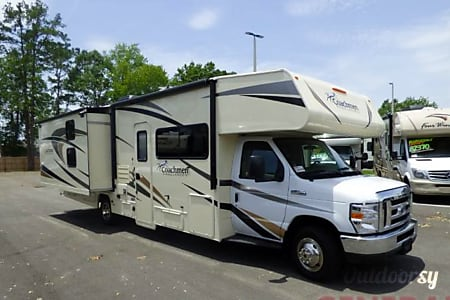 2018 Coachmen Freelander - Hilton on Wheels  North Canton, Ohio