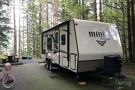 02017 Forest River Mini-Lite 23' Bunkhouse  Bremerton, WA