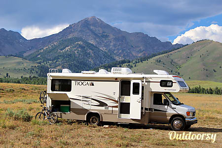 0Tioga Adventurer- Spring Specials! 20% off if you rent for 4 or more nights!  Bend, OR