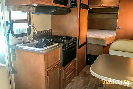 Burning Man Rental - 2017 Winnebago Minnie Winnie  Irvine, California