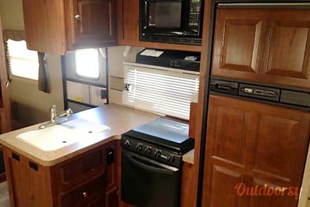 2012 Forest River Rockwood Signature Ultra Lite  Pflugerville, TX