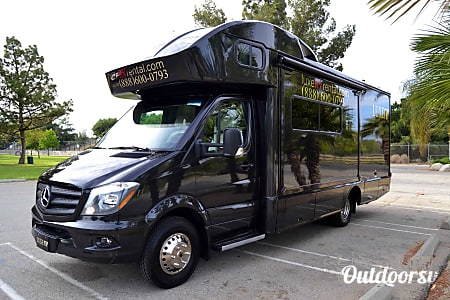 02016 Mercedes-Benz Winnebago View 24J  Los Angels, CA