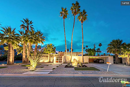 02017 Palm Springs Vacation Home  Palm Springs, California