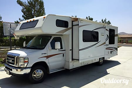 02014 Coachmen Freelander  Solvang, California