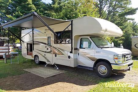 02016 Thor Motor Coach Freedom Elite  Sudbury, Vermont