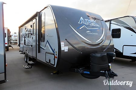 02018 Coachmen Apex  Santa Fe, New Mexico