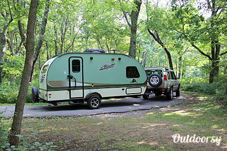 2015 Forest River R-Pod near Shenandoah National Park, VA  Elkton, Virginia