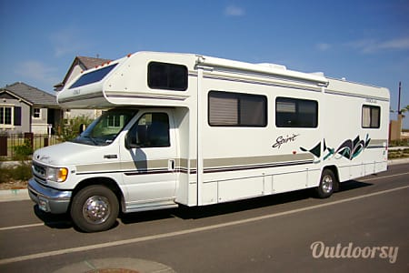 01999 Itasca Spirit by Winnebago  Mesa, Arizona