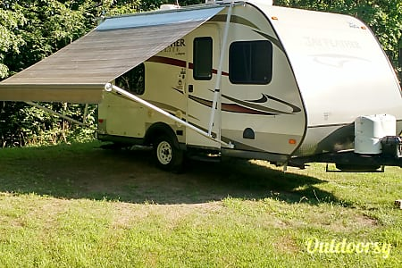 02013 Jayco Jay Feather Ultra Lite  Port Jervis, NY