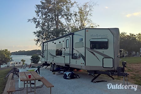 2015 Forest River Rockwood Windjammer 3008 w  Biscoe, North Carolina