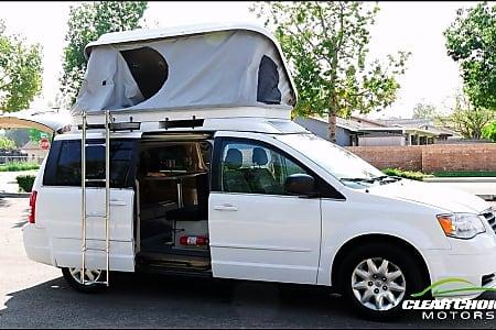 Camper minivan - Seats 5, Sleeps 4  Chicago, Illinois