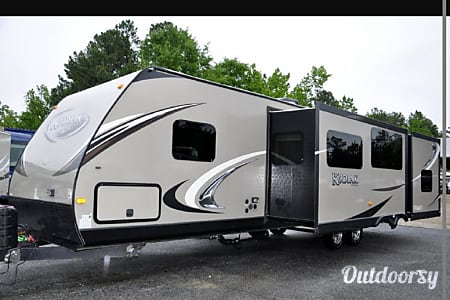 2013 Fleetwood  Kodiak 300BSL  Chelsea, Alabama
