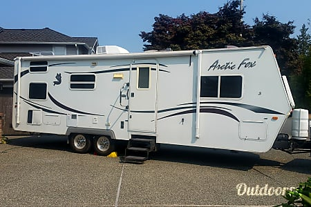 02008 Northwood Mfg Arctic Fox  Snohomish, Washington
