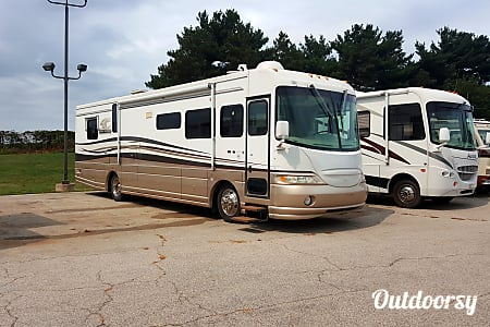 01999 Coachmen Sportscoach  Cedar Rapids, Iowa
