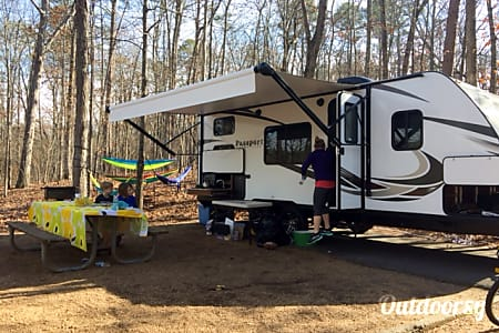 02017 Keystone Passport 239 ML (Double over Double Bunks!)  Marietta, GA