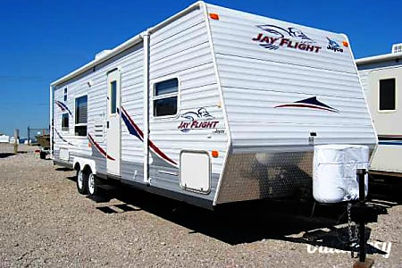 029ft Jayco Jay Flight Travel Trailer sleeps 7 to 9 Drop off and Pick up Service available  Discovery Bay, CA