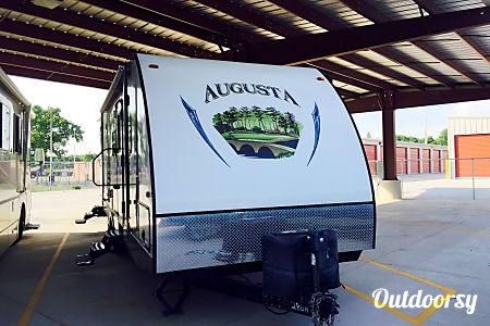 2013 Augusta Rv 28BH (Delivery Available)  Shreveport, Louisiana