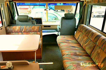 1997 Winnebago Warrior ***Extremely low mile*** 5,000 miles only  Bellevue, Washington