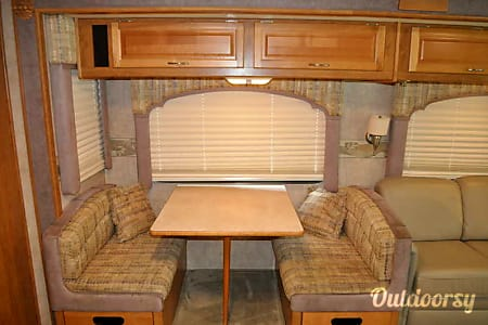 2006 Fleetwood Bounder  Louisville, Kentucky