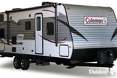 02015 Coleman by Dutchmen 262BH  New Braunfels, TX