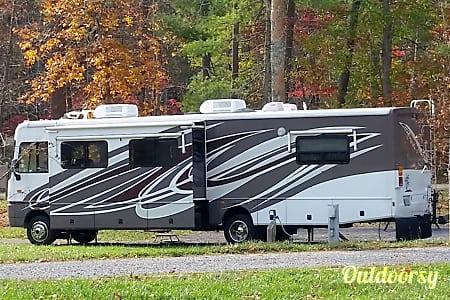 02003 Fleetwood Bounder  Chesapeake, VA
