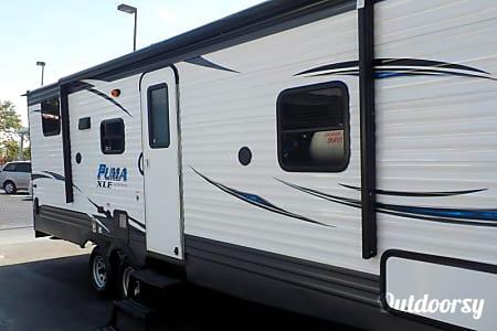 2018 Palomino Puma XLE Lite Toy Hauler 23QBC  Jacksonville, Fl