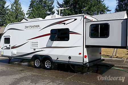 02013 Jayco Jay Feather Ultra Lite X213  Tacoma, Washington