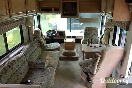 1994 Fleetwood Bounder (Delivery Required) Ludington, Michigan  Ludington, Michigan