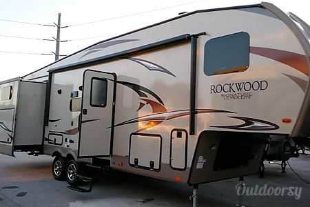02018 Forest River Rockwood  Bunkhouse           Can also be   Delivered and picked up upon your request  Orlando, Florida