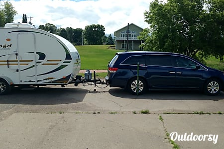 Rpod 172. Small camper with big features!  Hillsdale, Wisconsin